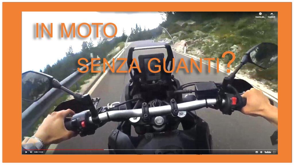 Guida Moto Senza Guanti
